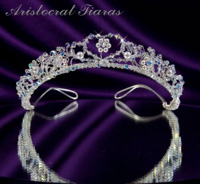 Countess Regina handmade Swarovski wedding tiara - click for supersize image