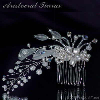 Lady Amelia jade lily Swarovski hair comb - click for supersize image