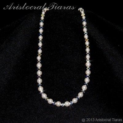 Lady Aurelia handmade Swarovski pearls necklace - click for supersize image