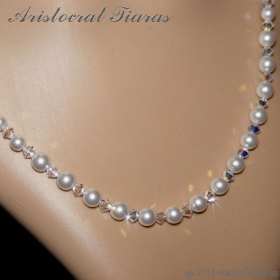 Lady Aurelia handmade Swarovski pearls necklace picture 5