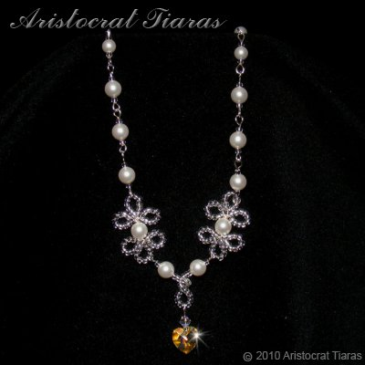 Duchess Elizabeth heart handmade Swarovski necklace - click for supersize image