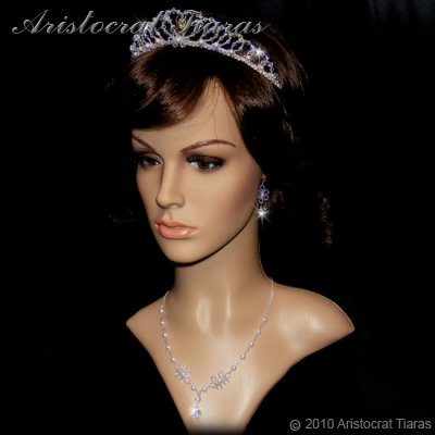 Duchess Elizabeth heart handmade Swarovski necklace picture 6