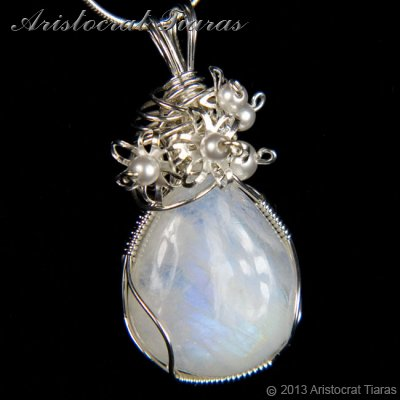 Lady Grace 925 flowers pearls moonstone necklace picture 2