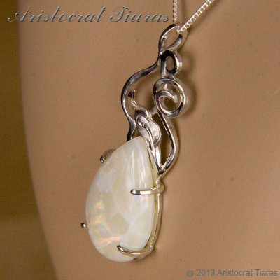 Lady Katherine 925 silver leaf Opal necklace picture 10
