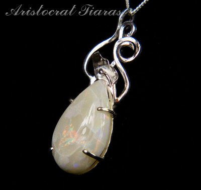 Lady Katherine 925 silver leaf Opal necklace picture 3