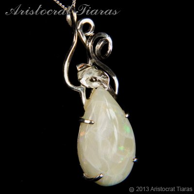 Lady Katherine 925 silver leaf Opal necklace picture 5
