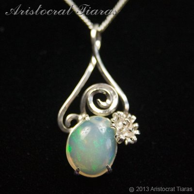 Lady Sally 925 silver Opal necklace - click for supersize image